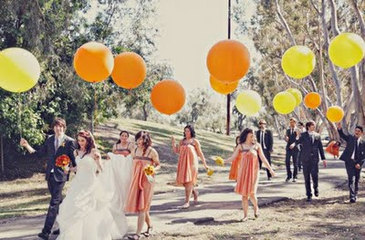 big_balloons_wedding_party